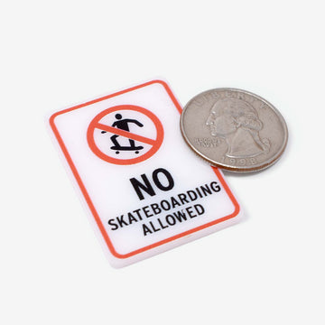 1:12 Scale No Skateboarding Sign