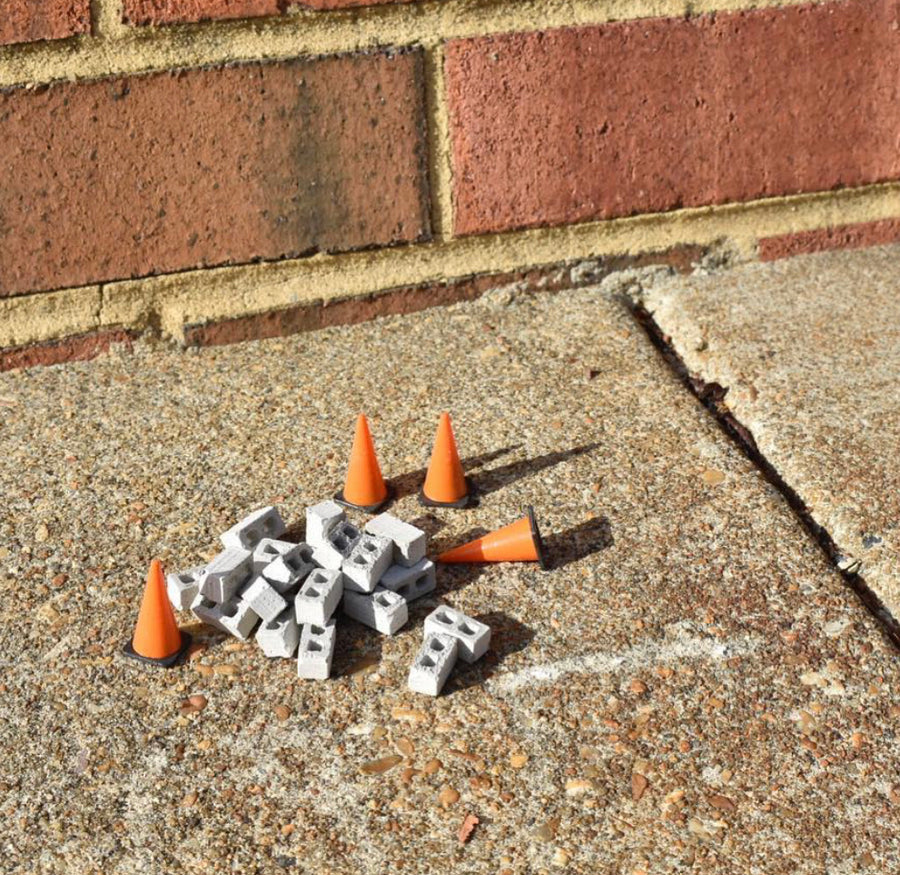 1:24 Scale Mini Traffic Cones (4pk)