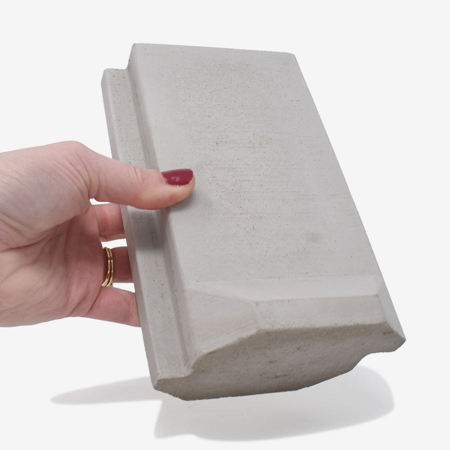 1:12 Scale Miniature Concrete T-Barrier