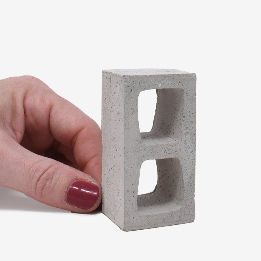 1:6 Scale Mini Cinder Blocks (4pk)