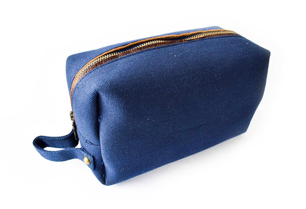 Canvas Grooming Bag
