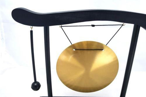LARGE CHINESE DINNER & DECORATIVE BRASS GONG & WOODEN STAND & HAMMER WL33