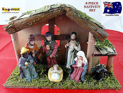 8 PIECE NATIVITY SET SCENE WITH 7 FIGURES AND WOODEN CRECHE STABLE NEW WL-38