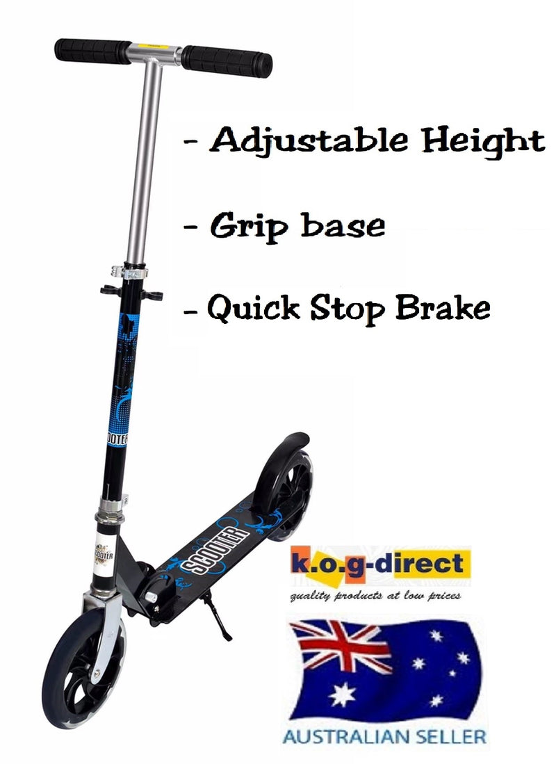 BLACK FOLDING SCOOTER ADJUSTABLE HEIGHT WITH NON SLIP BASE EASY BRAKE HW301