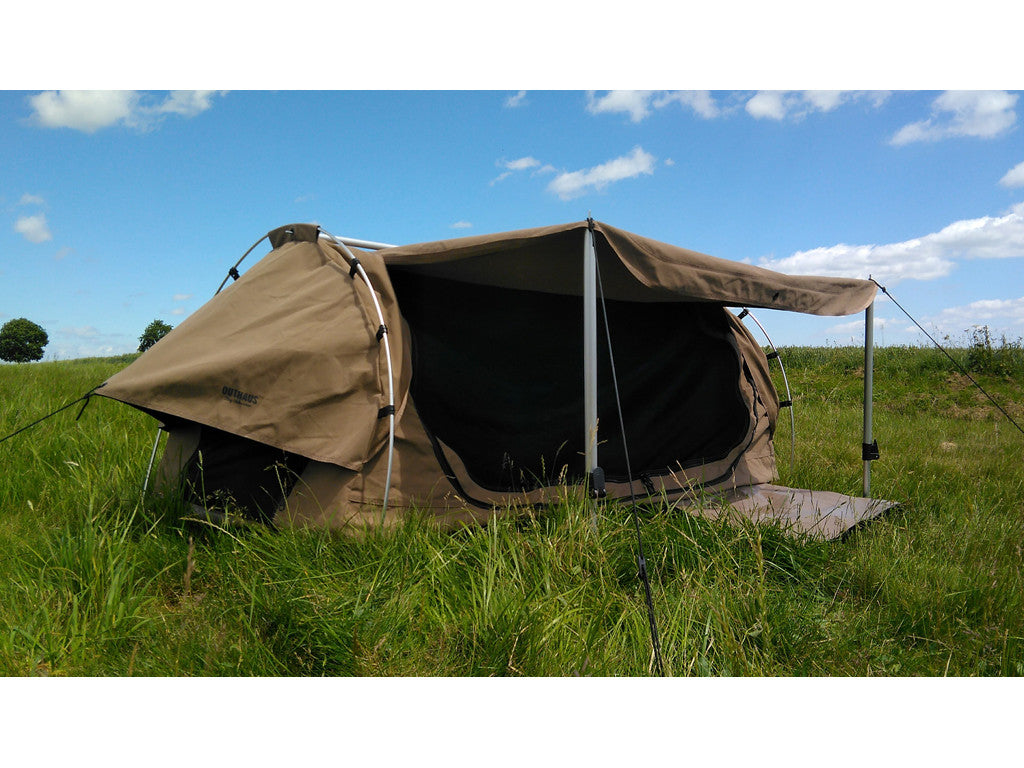 Outhaus 21304 'Palmerston' Canvas Dome Swag