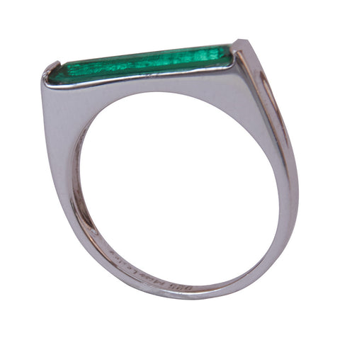 Miss Lesley Silver and Emerald Green Ring at LVBT