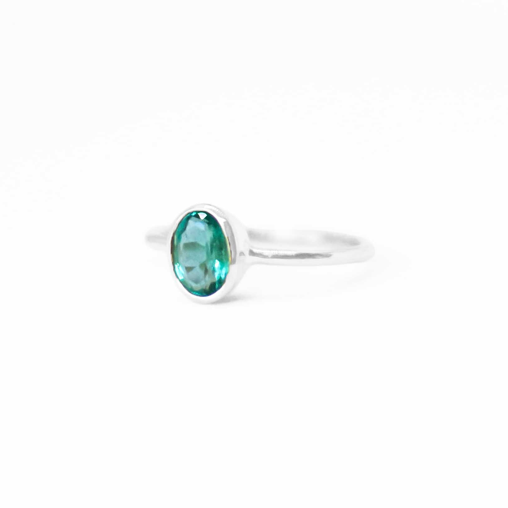 925 Silver Luxe Series Ring - Kabira (Emerald)