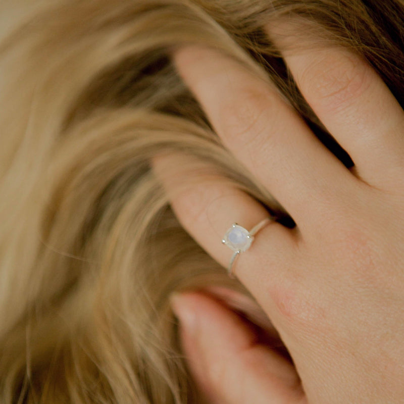 925 Silver Classic Series Ring - Arlene (Moonstone)