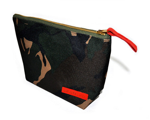 Roxy Unisex Carry-All Clutch (Camo) - CHRiS CARDi House of Design