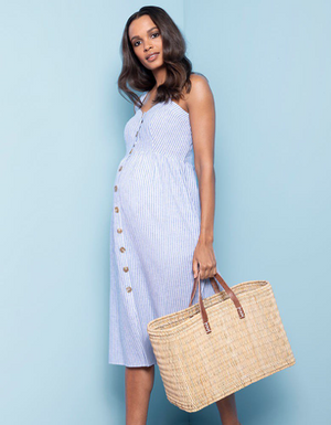 Check out our favourite tips for maximizing your maternity wardrobe and style.
