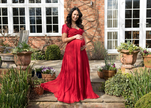 Our top 5 Tips to look your best at weddings while you're pregnant