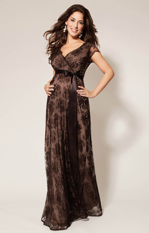 f6c8612529 14 Stunning Maternity Wedding Guest Dresses - Secret Saviours