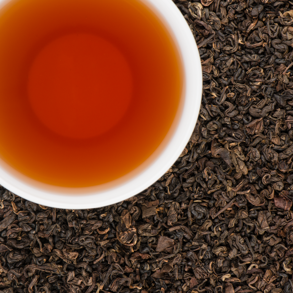 Black Yeti Organic Loose Leaf Oolong Tea with Rich Sweet Apricots notes