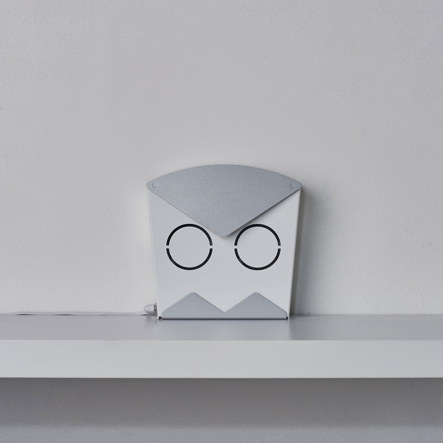 Led Light Fixture Keeps Going Out: Owl In Silver- An Elegant Aluminum Wall LED Light Fixture