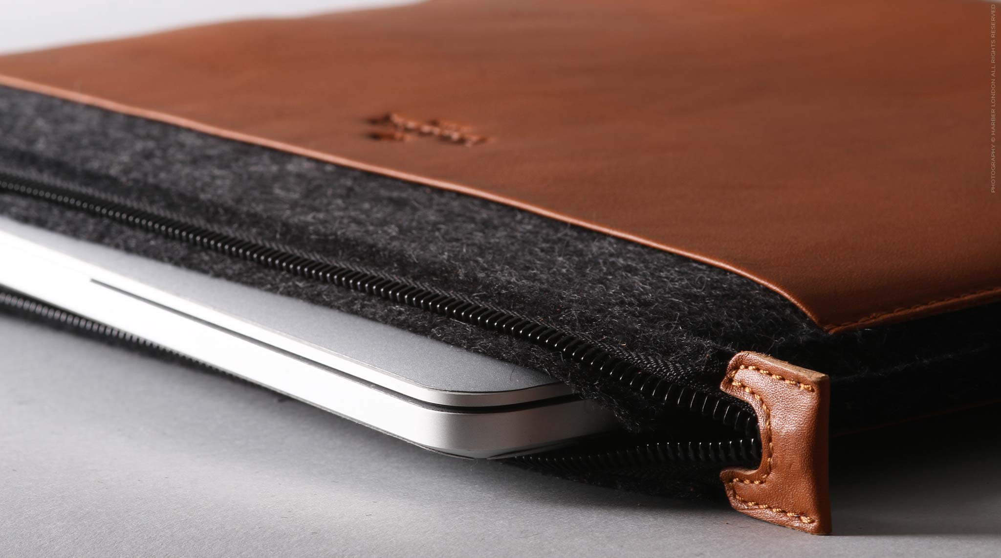 Macbook Folio Felt Sleeve