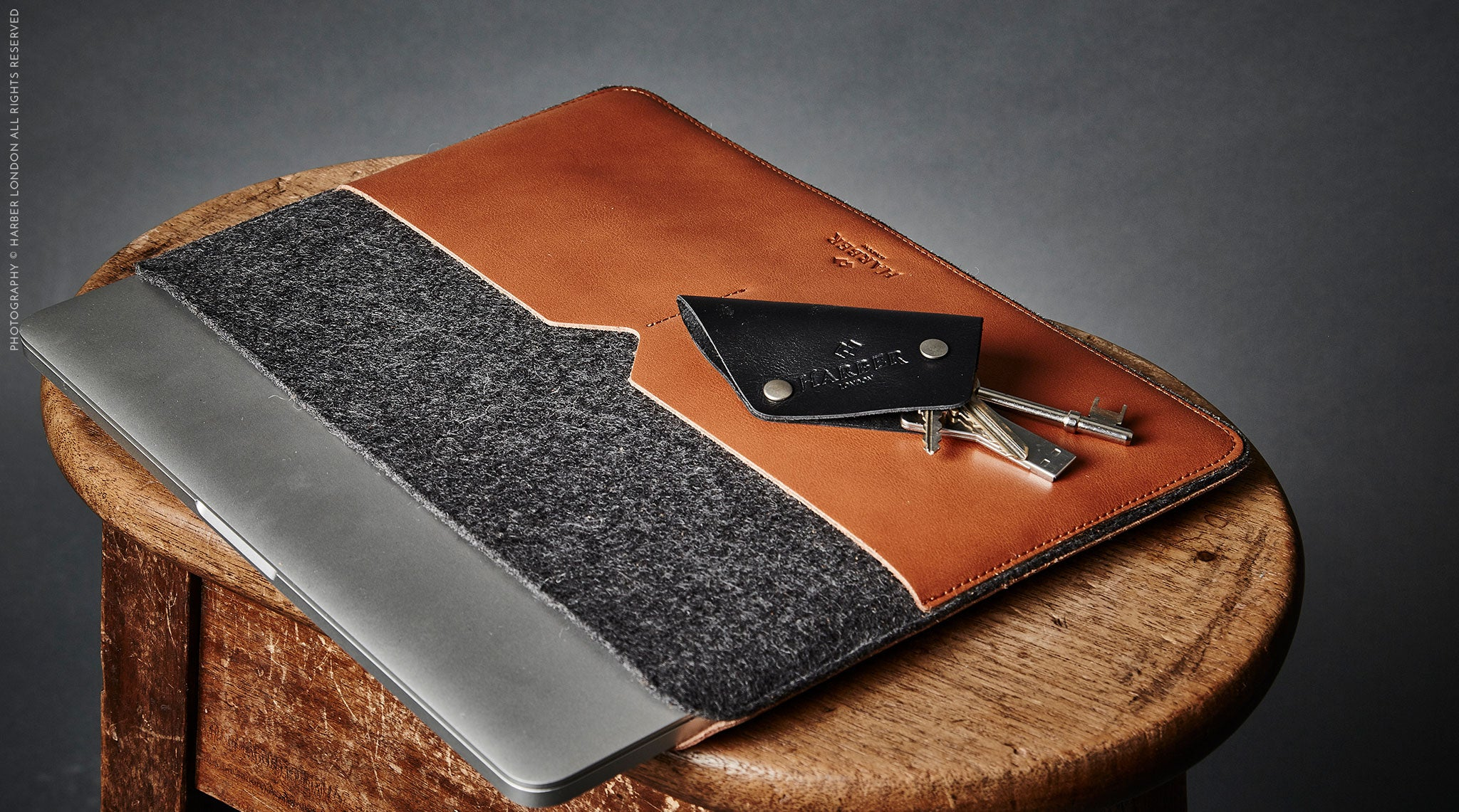 harber london macbook key holder