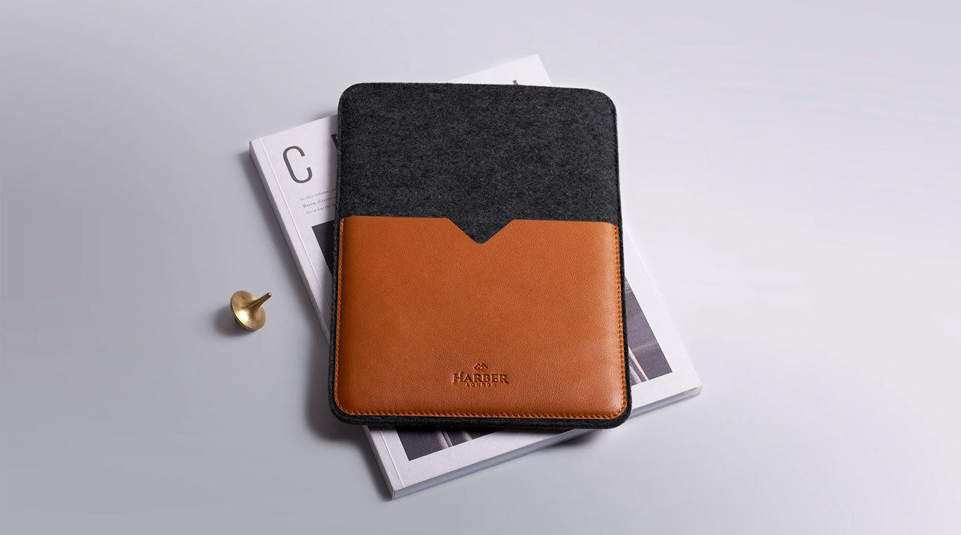 Funda para iPad de piel negra Harber London