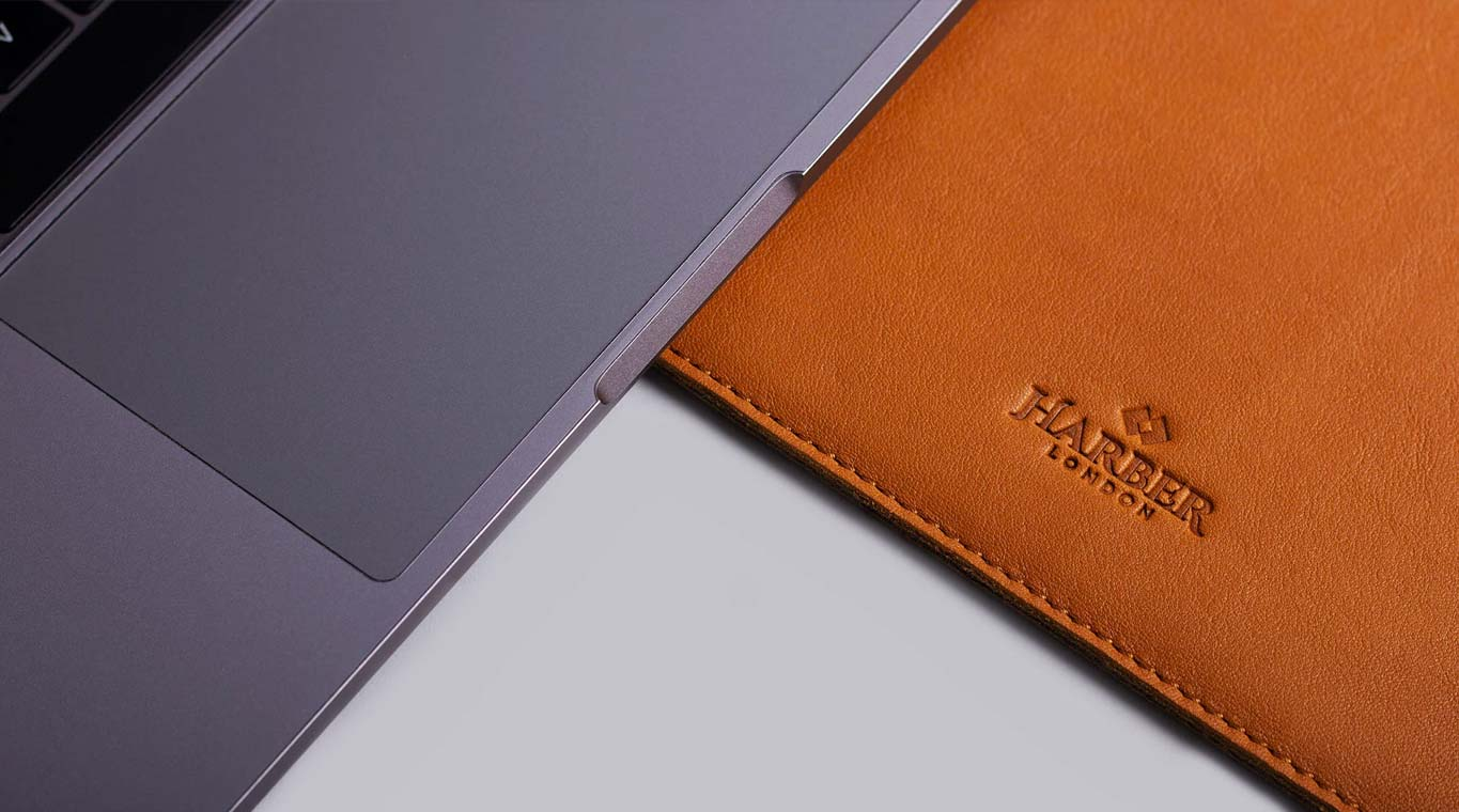 Slim Leather Macbook Sleeve