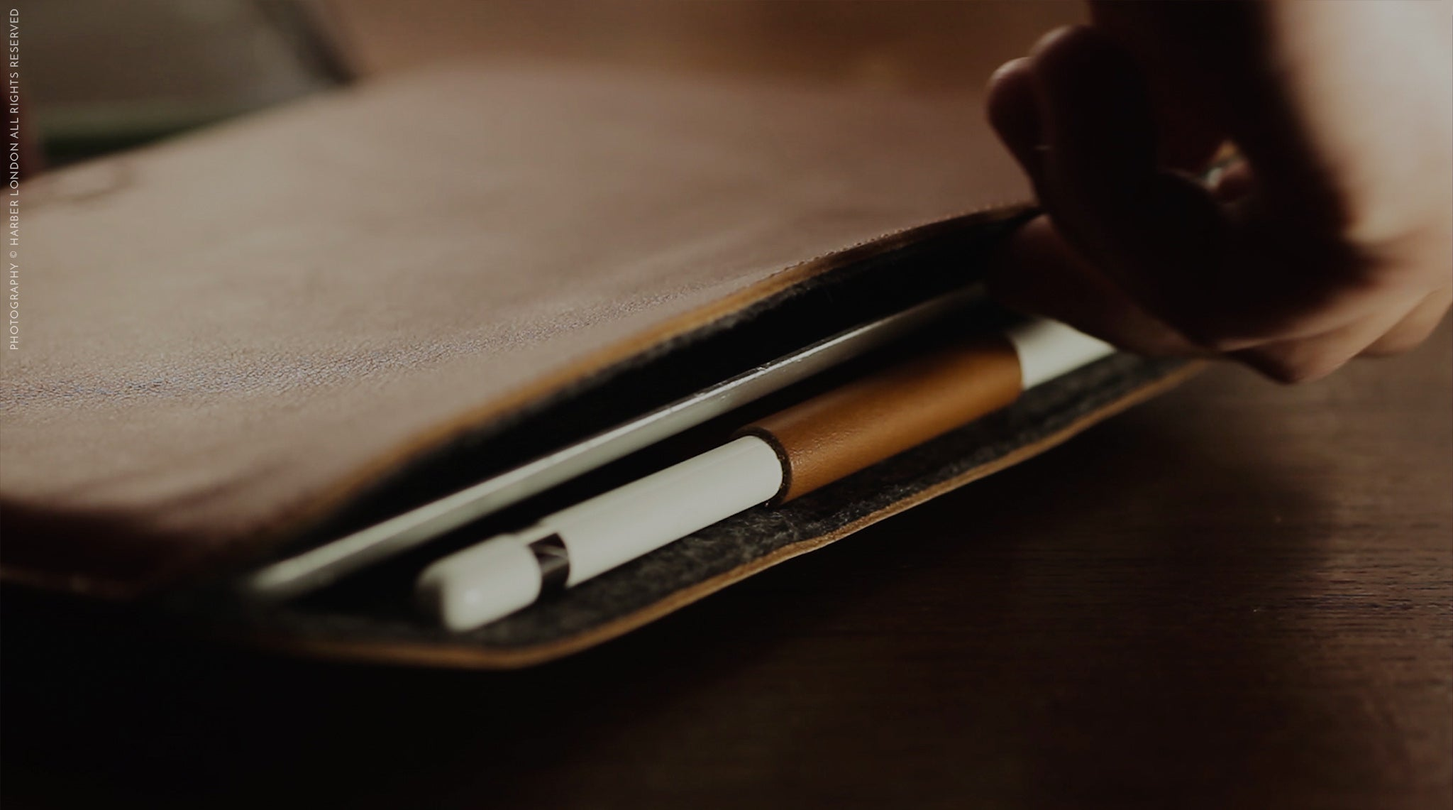 Harber London Slim iPad Pro EVO with Apple Pencil Holder