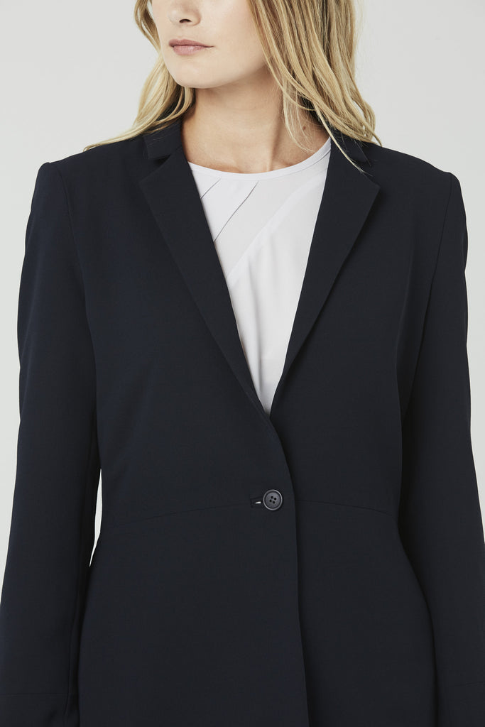 Cora - Tailored Jacket