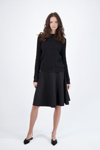 CABLE KNIT SWEATER-BLACK