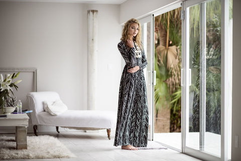Splattered Maxi with Waist-Black and White