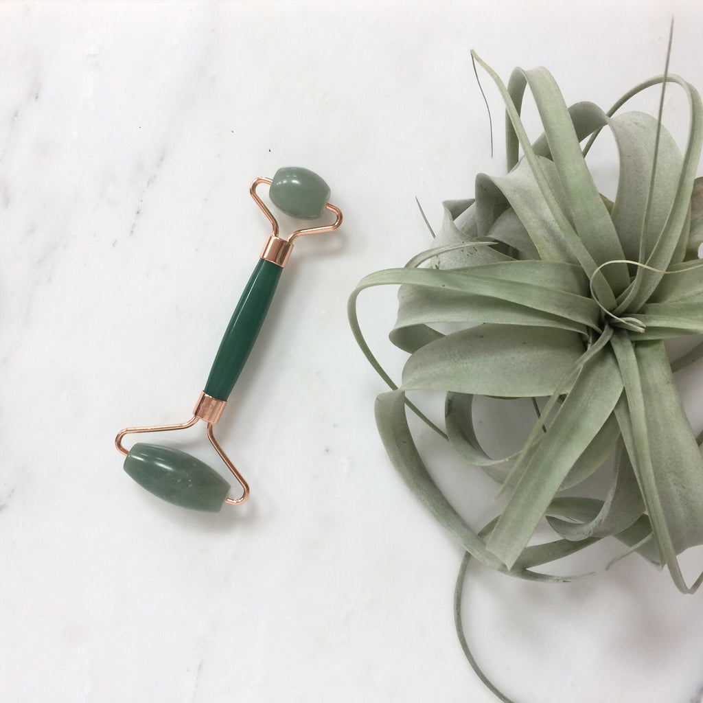 Green aventurine facial massager