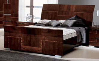 Venice King Bed - Huffman Koos Furniture