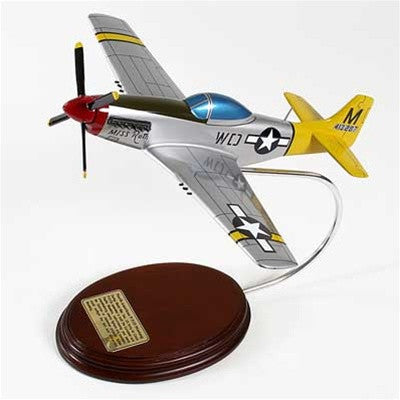 North American P-51D Mustang 1/36 Scale Mahogany Model