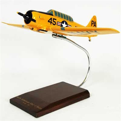 North American SNJ-3 Texan Navy 1/32 Scale Mahogany Model
