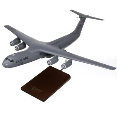 C-141 Starlifter 1/100 scale model