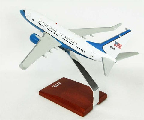Boeing C-40 1/100 Desktop  Model
