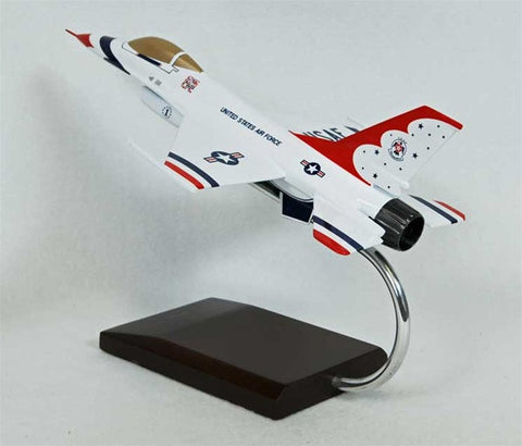 Lockheed Martin F-16A Falcon Thunderbirds 1/48 Scale  Model
