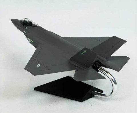 Lockheed Martin F-35A Lightning II Carrier Version USN 1/48 Scale