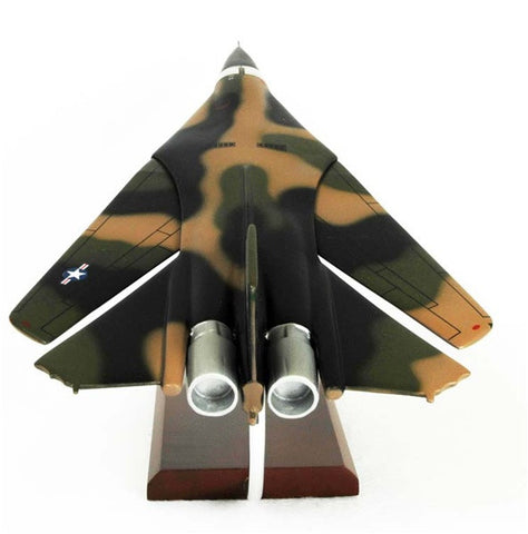 Desktop General Dynamics F-111A/B Aardvark 1/48 Scale Model