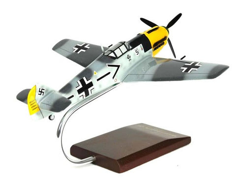 Messerschmitt Me-109E 1/32 Scale Mahogany Model