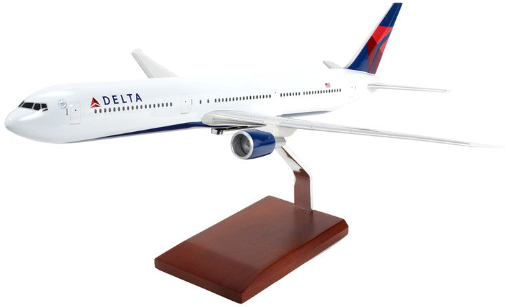 Delta Air Lines Boeing 767-400 Model