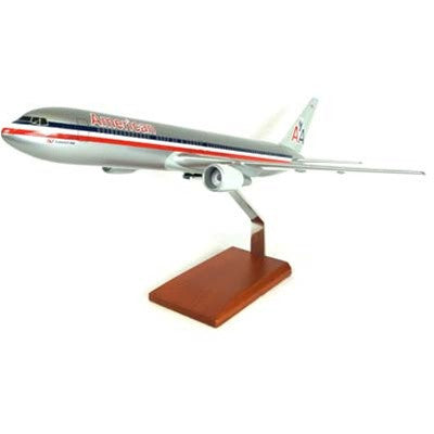 Desktop Boeing 767-300 American 1/100 Scale Model