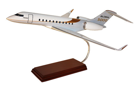 Bombardier Global 5000 1/55
