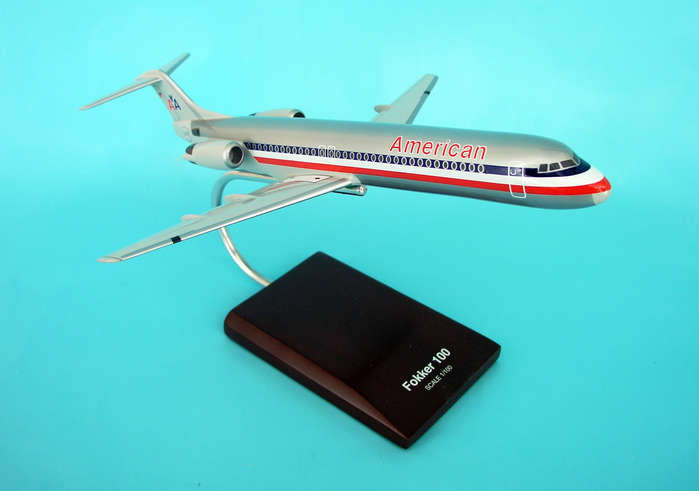 Fokker F-100 American Airlines 1/100 Scale Mahogany Model