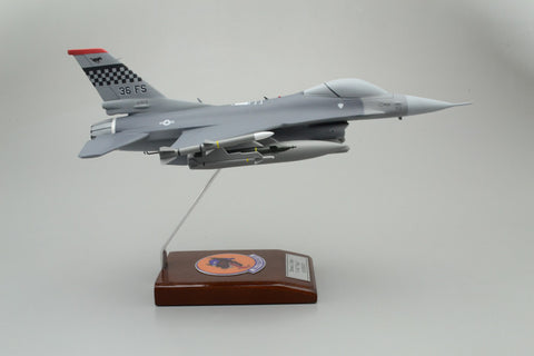 F-16C Falcon Custom Express Model Airplane