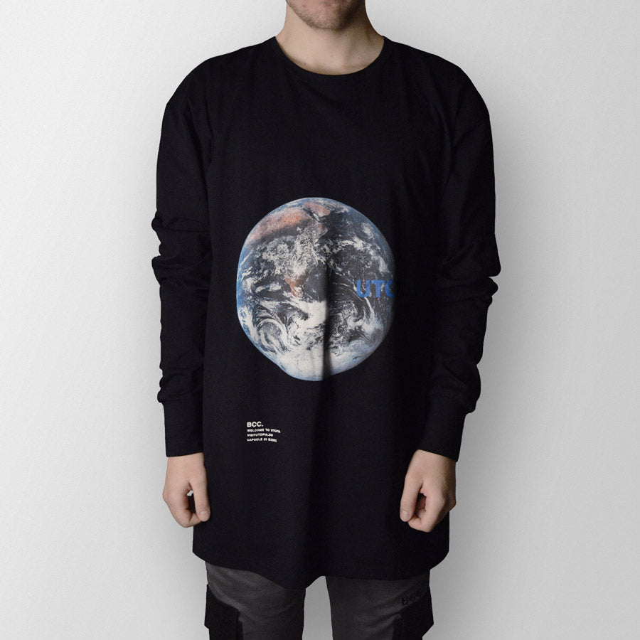 Earth (Black)