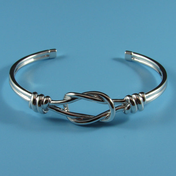 4196 - Lovely and Fun Sailor Knot Cuff