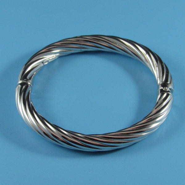4281 - Twisted Tube Bangle