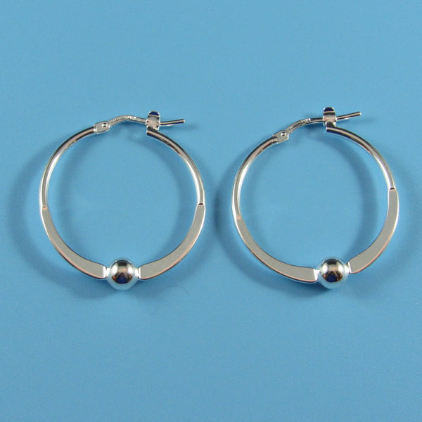 4489 - Eye-Catching Arc Hoop with Center Bead Earring