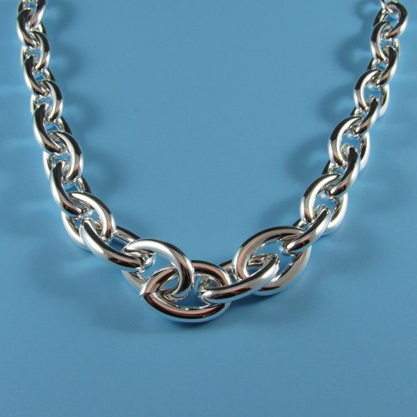 4507 - Sterling Silver Classic Graduated Ovals Necklace - 19