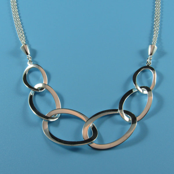 4547 - Classic Center Ovals Necklace - 18