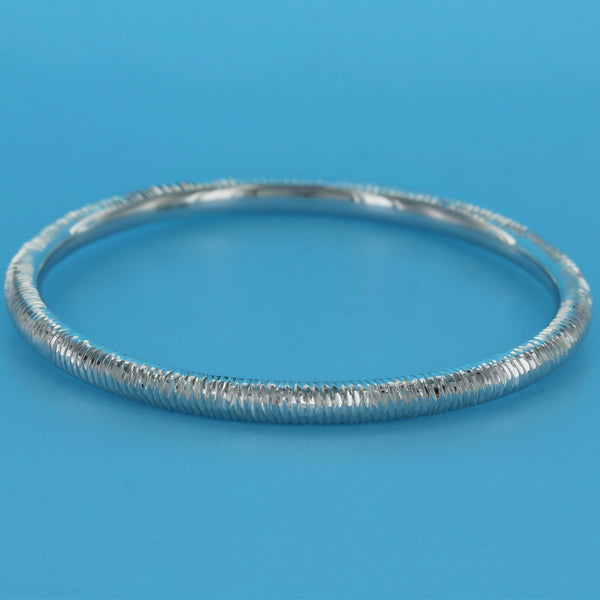 4559-Etched Tubed Diamond Cut Bangle