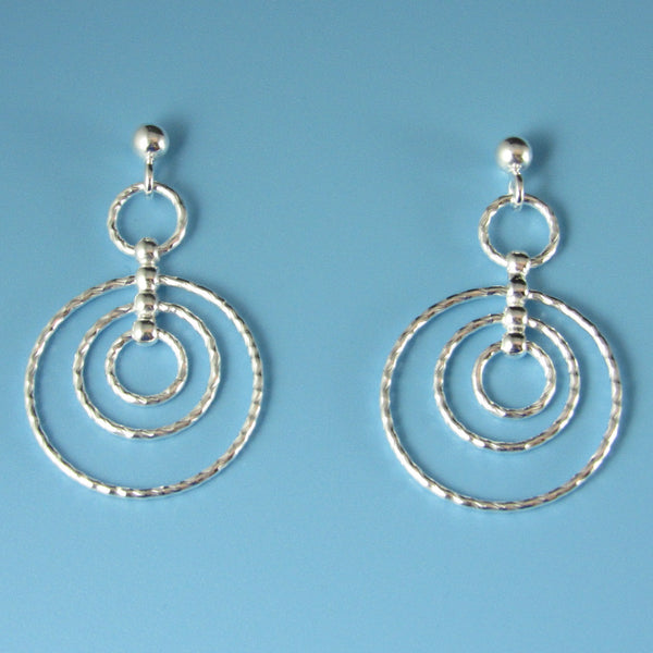 6617 - Sparkle Cut Tri-Circle Orbit Earring