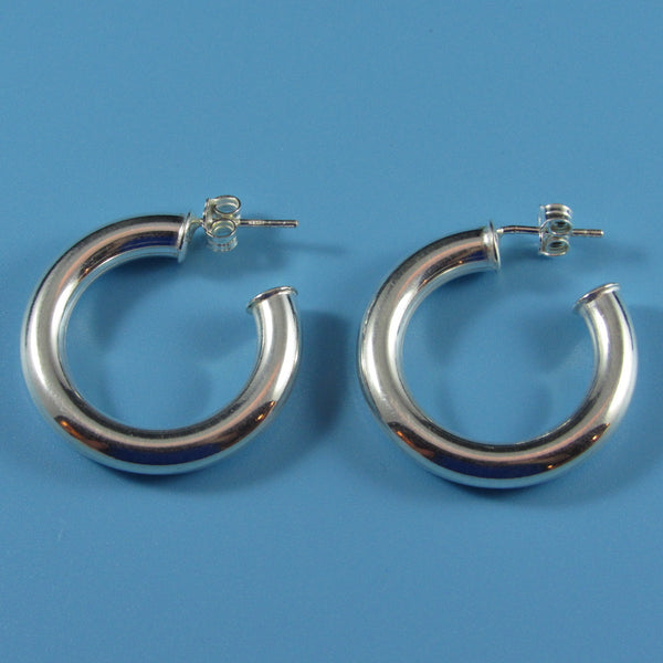 6622 - The Classic Hoop Post Earrings
